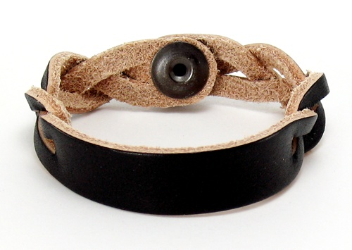 Custom Leather Bracelets on Personalized Leather Bracelet   Black Id