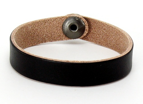 Custom Leather Bracelets on Personalized Leather Bracelet   Black Slim Cuff